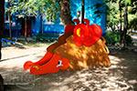 Фотография 2 — детская горка «Ежик» в солнечных бликах, превью