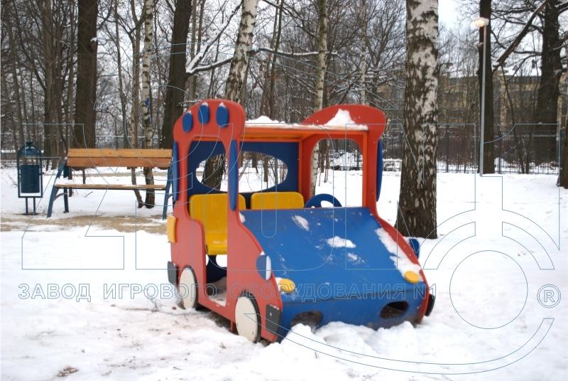Игровой макет «Машинка-Жук» на площадке в Лианозово