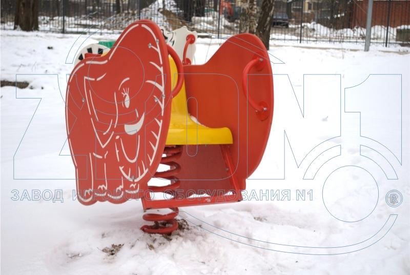 Качалка на пружине «Слоник» на площадке в Лианозово