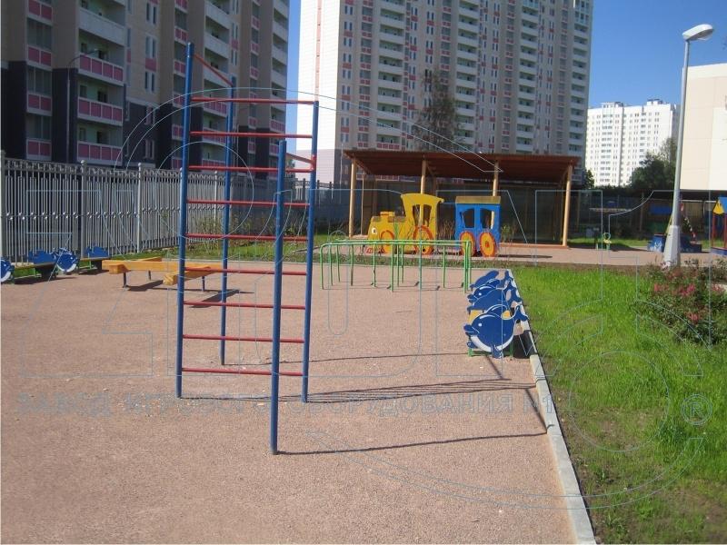 Фото 7 детской площадки Зеленоград 2007 год