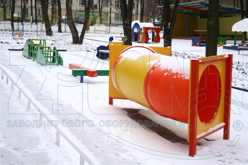 Общий вид детской полосы препятствий в ДОУ